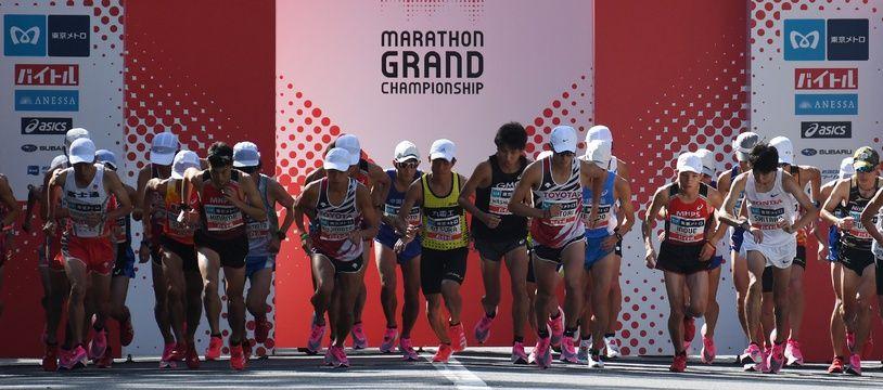 Les athlètes ont testé le parcours du marathon initialement prévu pour les JO 2020 à Tokyo.