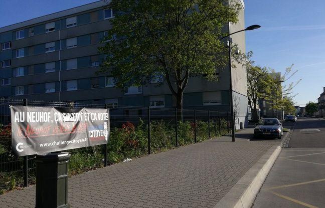 A proximité du centre social du Neuhof, l'affiche du challenge citoyen ne pas être manquée par personne.