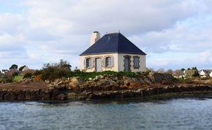 La maison du gardien de l'île de Nohic (Morbihan) après sa rénovation, en mai 2017.