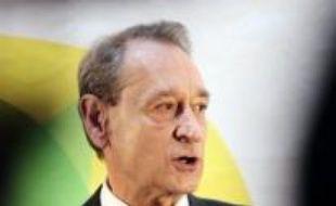 """Bertrand Delanoë a souligné vendredi n'avoir attribué """"aucun logement à des élus"""" depuis son accession à la mairie de Paris en 2001."""