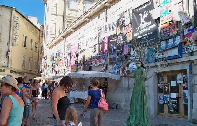 En cette période de l'année, Avignon se fait plus festive que jamais