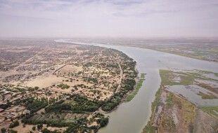 Une vue aérienne du fleuve Niger.