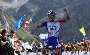 Thibaut Pinot gagne au sommet du Tourmalet, sur le Tour de France, le 20 juillet 2019.