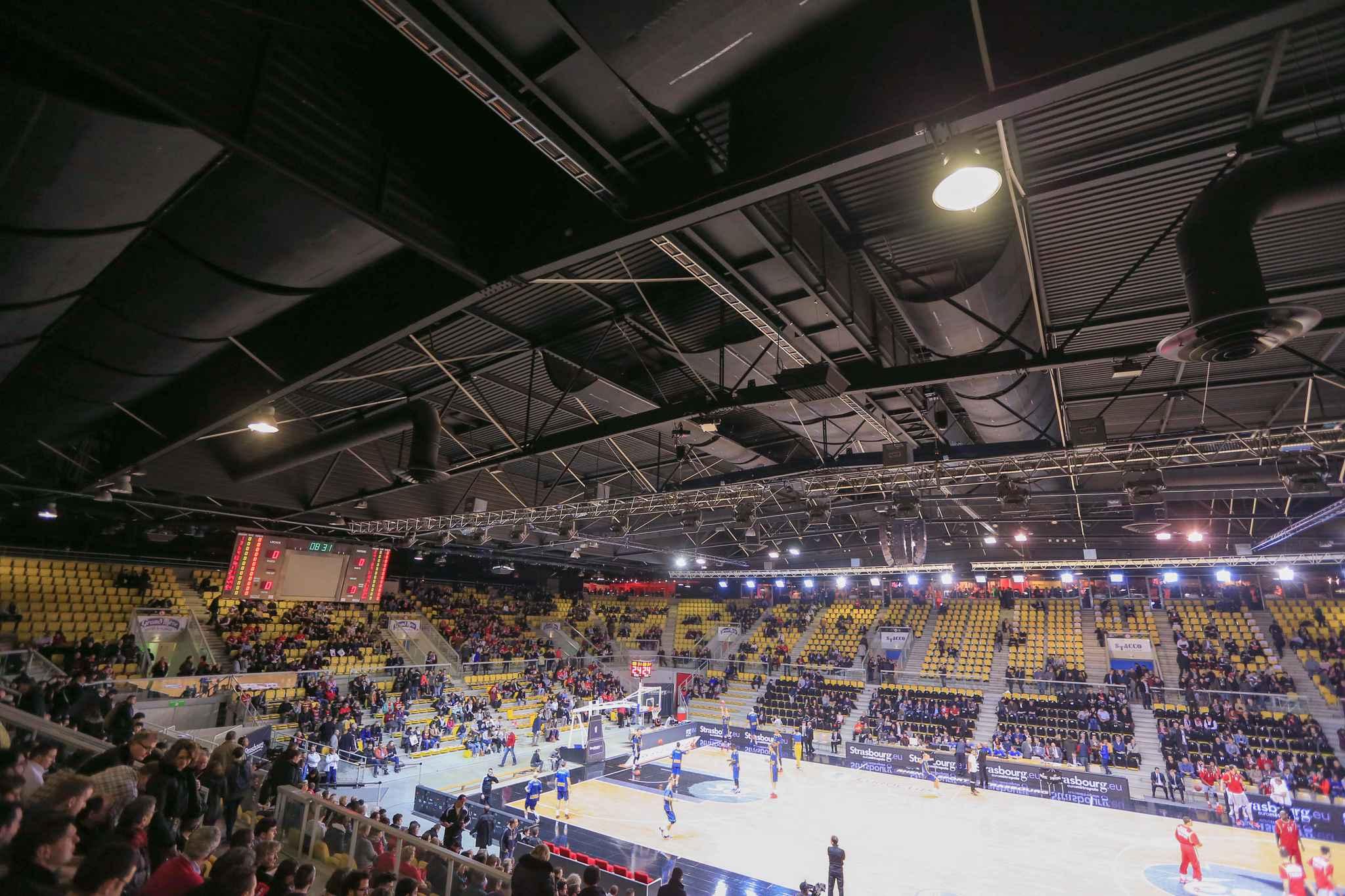strasbourg interdiction de stade de six mois pour un. Black Bedroom Furniture Sets. Home Design Ideas