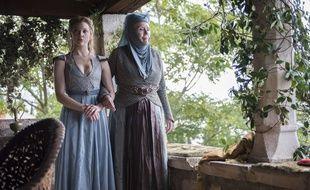 L'actrice Natalie Dormer, ici dans Game of Thrones (à gauche) sera membre du jury du festival du film britannique de Dinard.