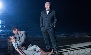 Evan Rachel Wood, James Marsden et Anthony Hopkins  dans le final de «Westworld».