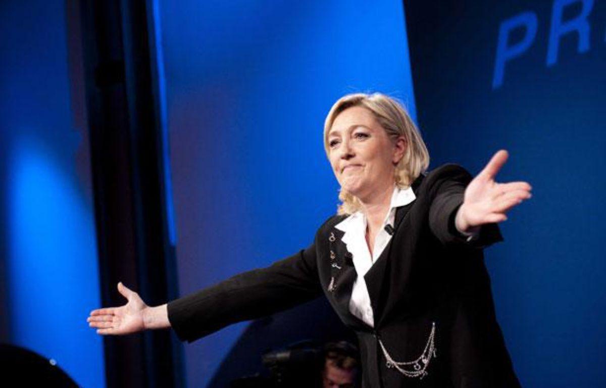 Marine Le Pen à la salle Equinoxe àParis, le soir des résultats du premier tour de l'élection présidentielle, le 22 avril 2012. – ETIENNE LAURENT/CHINE