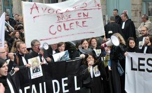 Manifestation d'avocats contre la réforme de l'aide juridictionnelle le 3 novembre 2015 à Douai