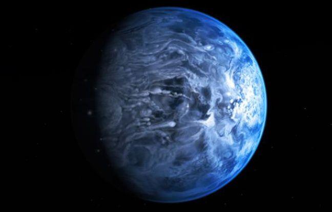Vue d'artiste de la planète HD 189733b, dont la couleur bleu azur rappelle celle de la Terre vue de l'espace.