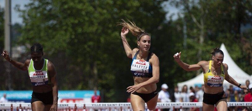 La Nantaise Laura Valette, spécialiste du 100 mètres haies.