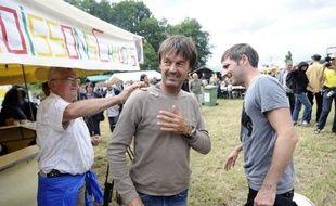 """L'animateur vedette Nicolas Hulot, ex-candidat à la primaire écologiste pour la présidentielle, cesse sa collaboration avec TF1, où il animait le magazine """"Ushuaïa"""" depuis 1987, indique jeudi Le Parisien-Aujourd'hui en France, citant un porte-parole de la chaîne"""