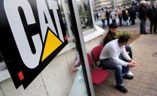 L'intersyndicale FO-CFDT-CGT-CFTC de Caterpillar France (engins de chantier) a lancé mercredi un appel à Nicolas Sarkozy et aux parlementaires européens pour qu'ils débloquent des fonds européens afin de soutenir l'entreprise visée par 733 suppressions d'emplois.