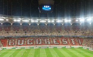 La tribune du Steaua Bucarest lors du match contre Manchester United