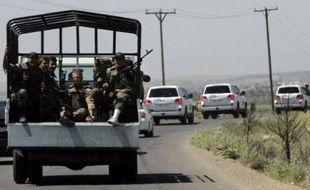 Une bombe a explosé mercredi au passage d'un convoi d'observateurs internationaux en Syrie et le secrétaire général de l'ONU Ban Ki-moon a estimé que cette attaque pourrait remettre en cause la mission onusienne dans le pays