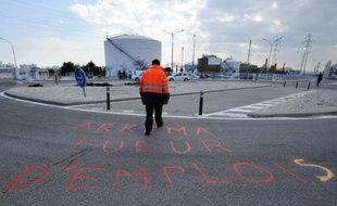Les candidats à la reprise de Kem One, l'ex-pôle vinylique du chimiste Arkema, ont jusqu'à jeudi soir pour finaliser leur offre, avant que le tribunal de commerce de Lyon ne tranche, dans une semaine, l'avenir des 1.300 salariés menacés.
