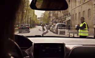Image extraite du spot «Save Kids Lives» réalisé par Luc Besson.