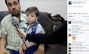 Le petit Omran et son père en juin 2017.