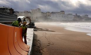 Le système Wave Bumper est un dispositif de digue amovible pour lutter contre les submersions lors de tempêtes.