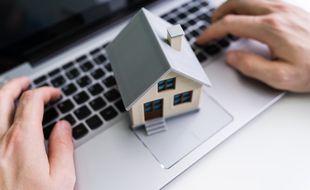 Vendeur immobilier à part, l'État cède lui aussi régulièrement des possessions.