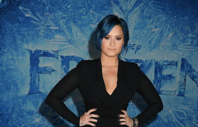 VIDEO. Demi Lovato ne se souvient plus du Super Bowl... La langue de Shakira fait le buzz...
