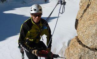 Le chercheur intervient directement dans la montagne (ici, au Trident du Tacul)