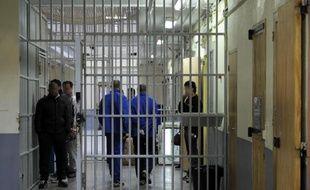 Un couloir de la prison des Baumettes le 6 mars 2013 à Marseille