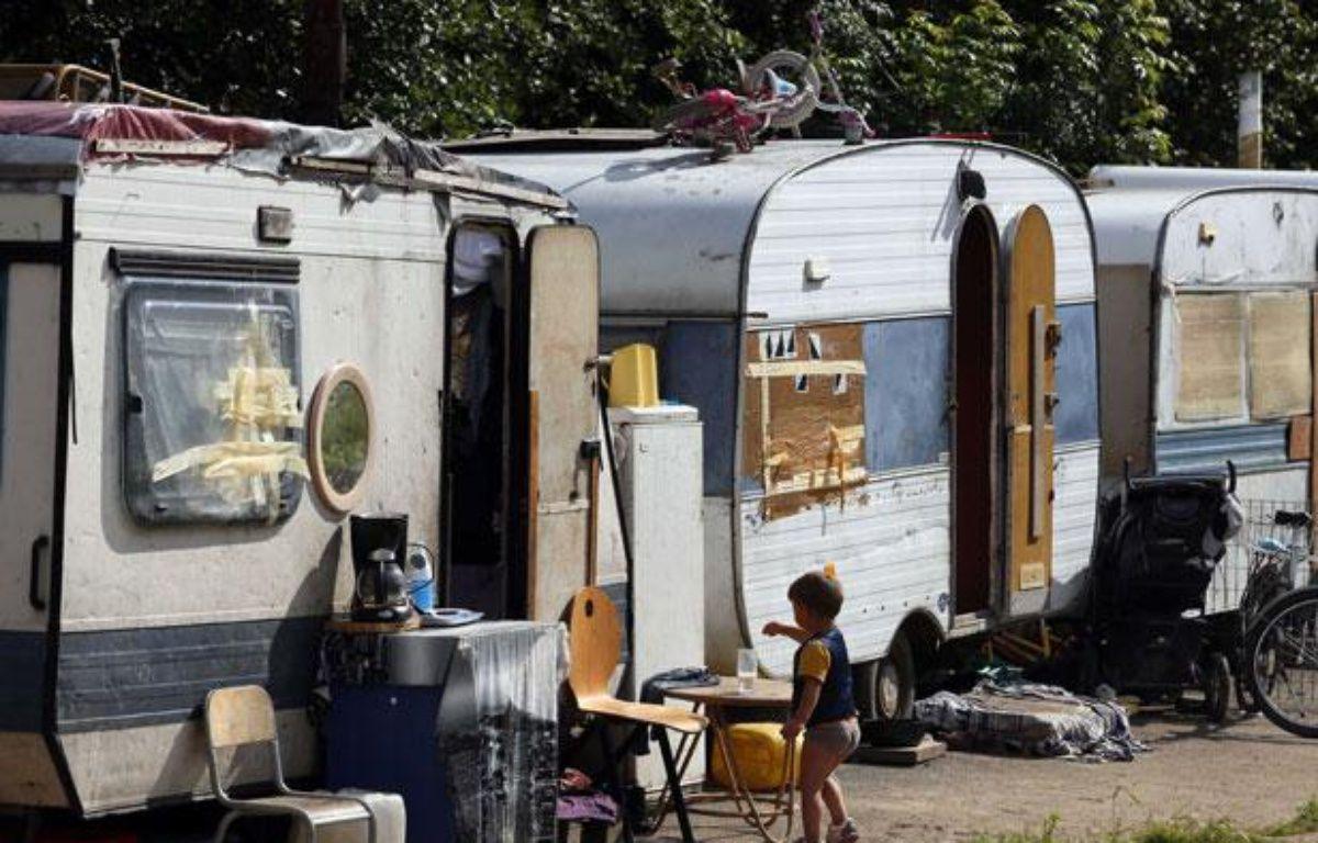Campement de Roms dans la périphérie de Lille. – BISSON/JDD/SIPA