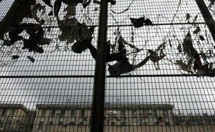 Vue de l'extérieur de la prison des Baumettes, le 6 mars 2013 à Marseille