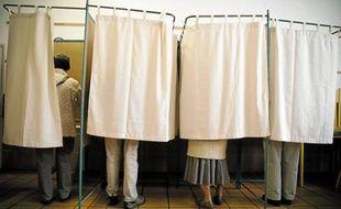 A 17 h, 75,48 % des inscrits de Haute-Garonne avaient glissé leur bulletin dans l'urne.