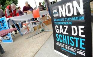 "Le Conseil constitutionnel a adressé vendredi une fin de non-recevoir aux industriels intéressés par les gaz et pétrole de schiste en France en confirmant l'interdiction de la fracturation hydraulique en vigueur depuis 2011, rendant la loi ""incontestable"" selon François Hollande."