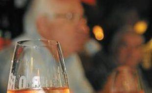 Le vin régional retrouve – doucement – de belles couleurs.