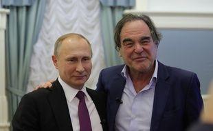 Vladimir Poutine et Oliver Stone, dans l'épisode 4 de la série documentaire «Conversations avec monsieur Poutine».