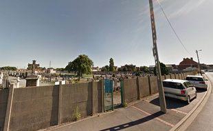 une centaine de stèles du cimetière de Dunkerque ont été dégradées.