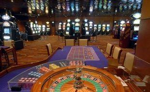 La salle de jeux d'un casino du groupe Partouche