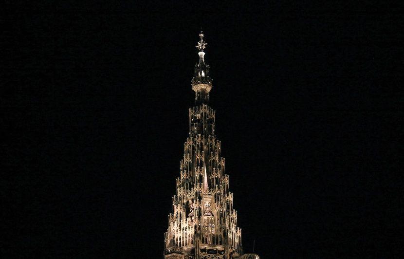 Strasbourg : Il coince son drone sur la flèche de la cathédrale, les pompiers doivent intervenir pour le récupérer
