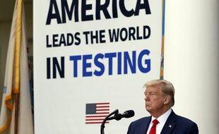 Le président américain Donald Trump, à la Maison-Blanche, le 11 mai 2020.
