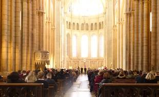 Lyon, le 13 mars 2016. Illustration lors d'une messe en la primatiale Saint-Jean.