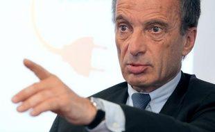 EDF a annoncé vendredi avoir obtenu l'accord du gendarme boursier italien, la Consob, à une offre améliorée aux minoritaires d'Edison, alors que son offre initiale avait été jugée insuffisante, ouvrant ainsi la voie à sa prise de contrôle du producteur d'énergie italien.