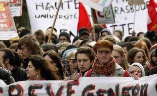 La communauté éducative manifeste à Strasbourg le 11 mars 2009.