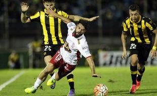 L'arbitre a refusé un but valable car il n'était pas fair-play lors de Penarol-Huracan en Copa Libertadores, le 1er mars 2016.