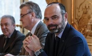 Edouard Philippe et Jean-Paul Delevoye, lors des consultations des syndicats sur la réforme des retraites.