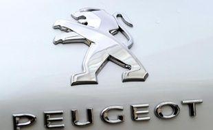 PSA Peugeot Citroën a enregistré au premier semestre son premier bénéfice depuis 2011 mais refuse de crier victoire avant la fin de l'année