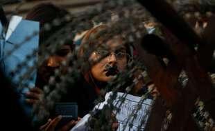 Une manifestante lors d'une protestation à Katmandou, ce jeudi.