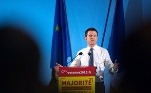 Le Premier ministre Manuel Valls, le 17 mars 2015 à Evry.