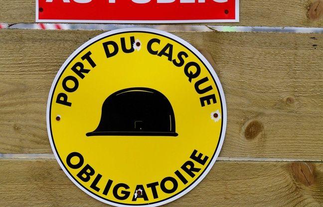 Lyon: Un trou se forme subitement rue Duquesne, la circulation coupée