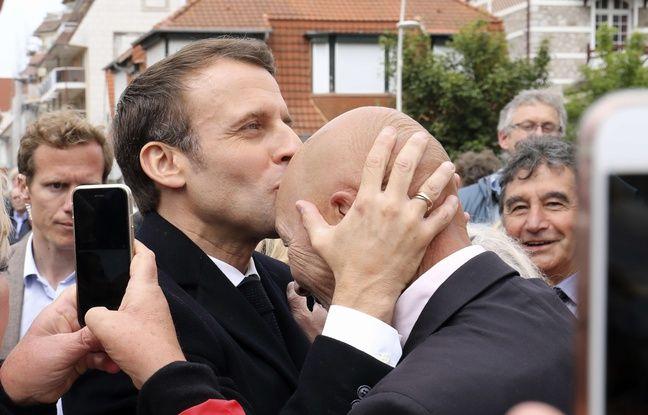 Elections européennes: Pourquoi Emmanuel Macron a-t-il embrassé le front d'un militant?