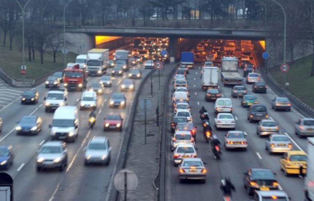 Jusqu'à 95% des citadins européens respirent un air trop pollué, principalement par les particules fines, relève l'Agence européenne pour l'Environnement (AEE) qui se base sur les critères de l'Organisation mondiale de la santé (OMS), dans un rapport publié lundi. – Boris Horvat afp.com