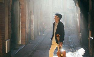 Fabian Ordonez, le père de Bigflo & Oli, sera le premier à inaugurer les Flâneries, une série de concerts dans les rues de Toulouse couplés à des visites touristiques.