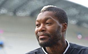 Djibril Cissé, opéré de la hanche avec succès, se verrait bien tenter une dernière expérience en Ligue 1 en 2016.