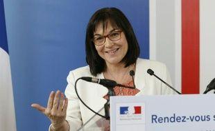 La ministre de la Fonction publique, Annick Girardin à Paris, le 17 mars 2016